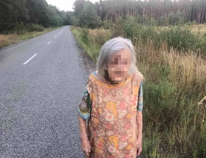 Вишгородські поліцейські повернули додому заблукалу бабусю -  - Vyshpolits obr