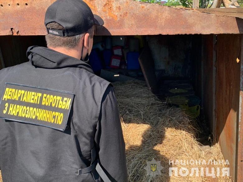 У Києві викрили злочинну групу та дві нарколабораторії (ВІДЕО) - нарколабораторії, злочинна група - dpnrealiz140820