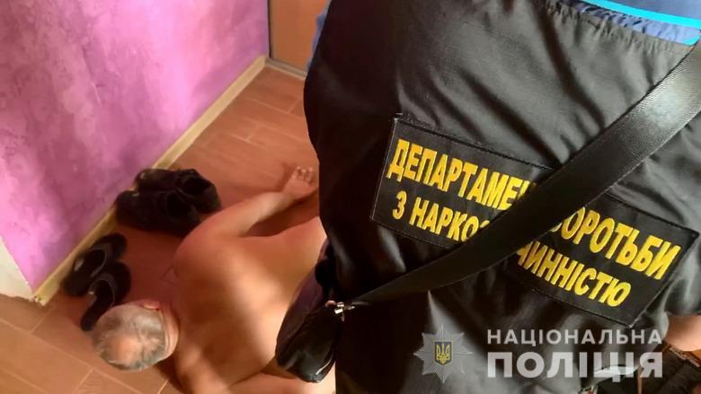 У Києві викрили злочинну групу та дві нарколабораторії (ВІДЕО) - нарколабораторії, злочинна група - dpnrealiz1408201