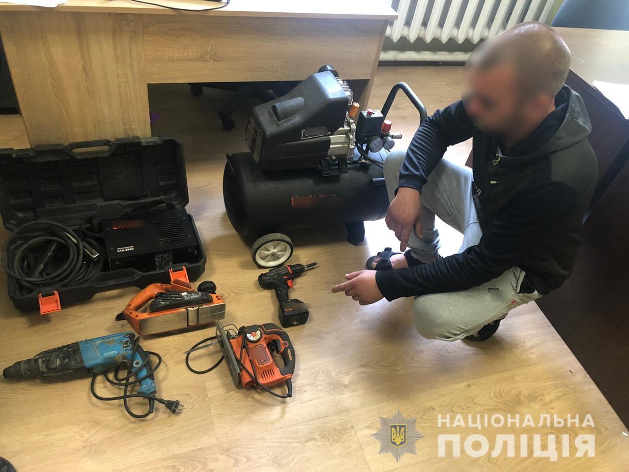 У Києво-Святошинському районі злодій обікрав гараж -  - gatne1
