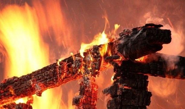 У Поліському районі вогонь знищив житловий будинок - Поліський район, ДСНС - pozar21