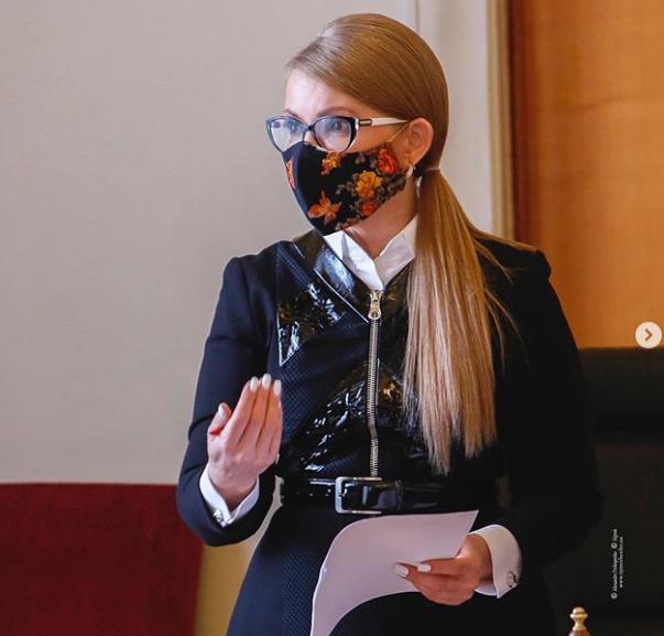 Юлію Тимошенко підключили до апарату ШВЛ -  - tymoshenko maska