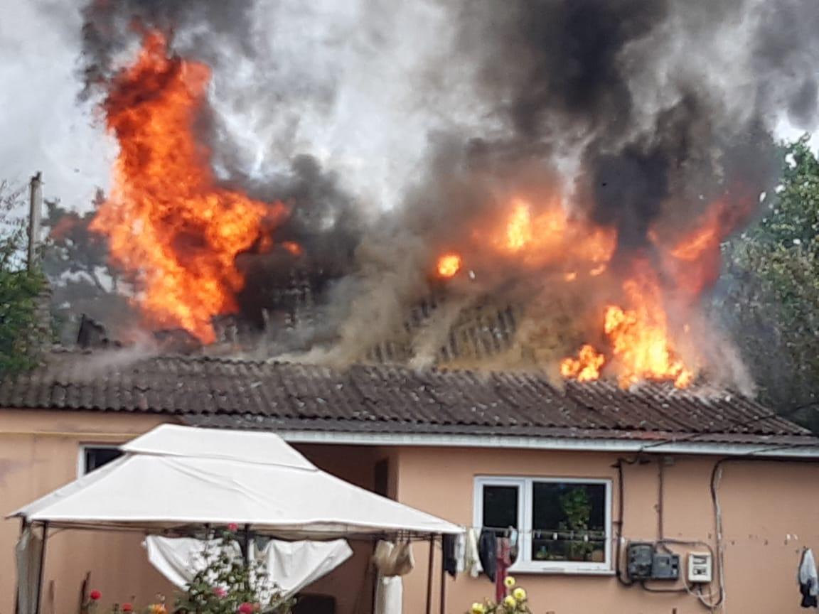 У Боярці блискавка спричинила пожежу - пожежа, Боярка - yzobrazhenye viber 2020 08 10 16 57 45