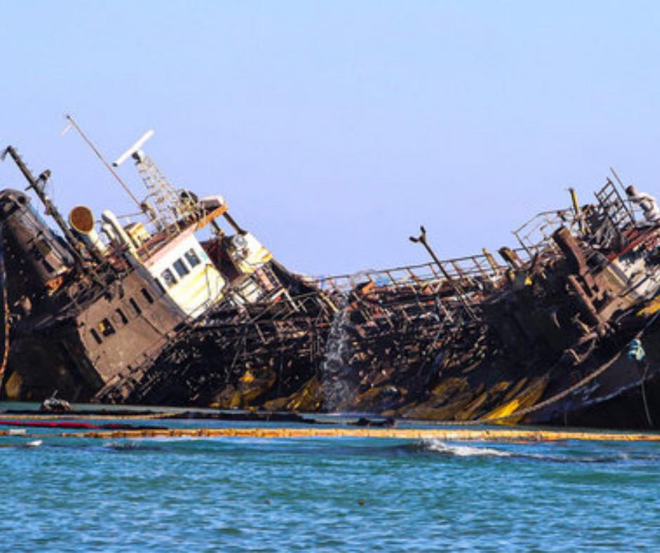 «Делфі» став причиною розливу нафтопродуктів у Чорне море -  - 04 tanker