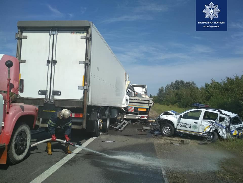 На Васильківщині водій вантажівки наїхав на патрульних -  - 118766415 1764653930368326 7448025338719907706 n