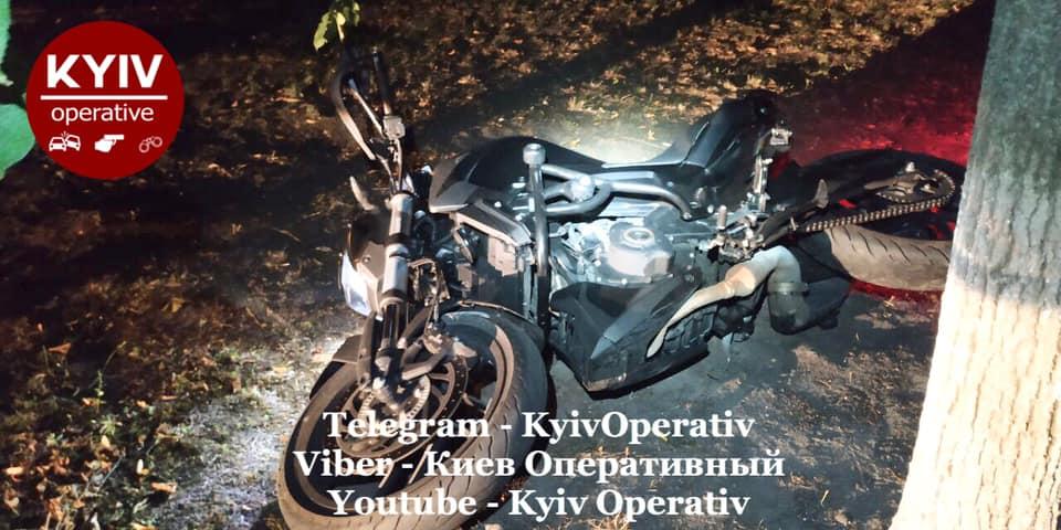 У столичних дворах вночі ловили викрадача мотоцикла - угон, мотоцикл - 119731186 1084289371967148 6908600787474153360 n