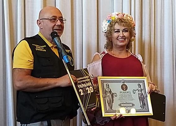 В Бородянці встановили «ляльковий» рекорд України - рекорд України, рекорд - 11 rekord2