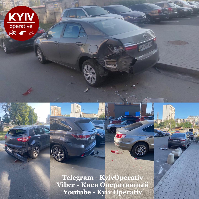 На Виноградарі невідомий пошкодив 5 машин - парковка, автомобілі - 120019023 1086051428457609 2203066532587458061 o