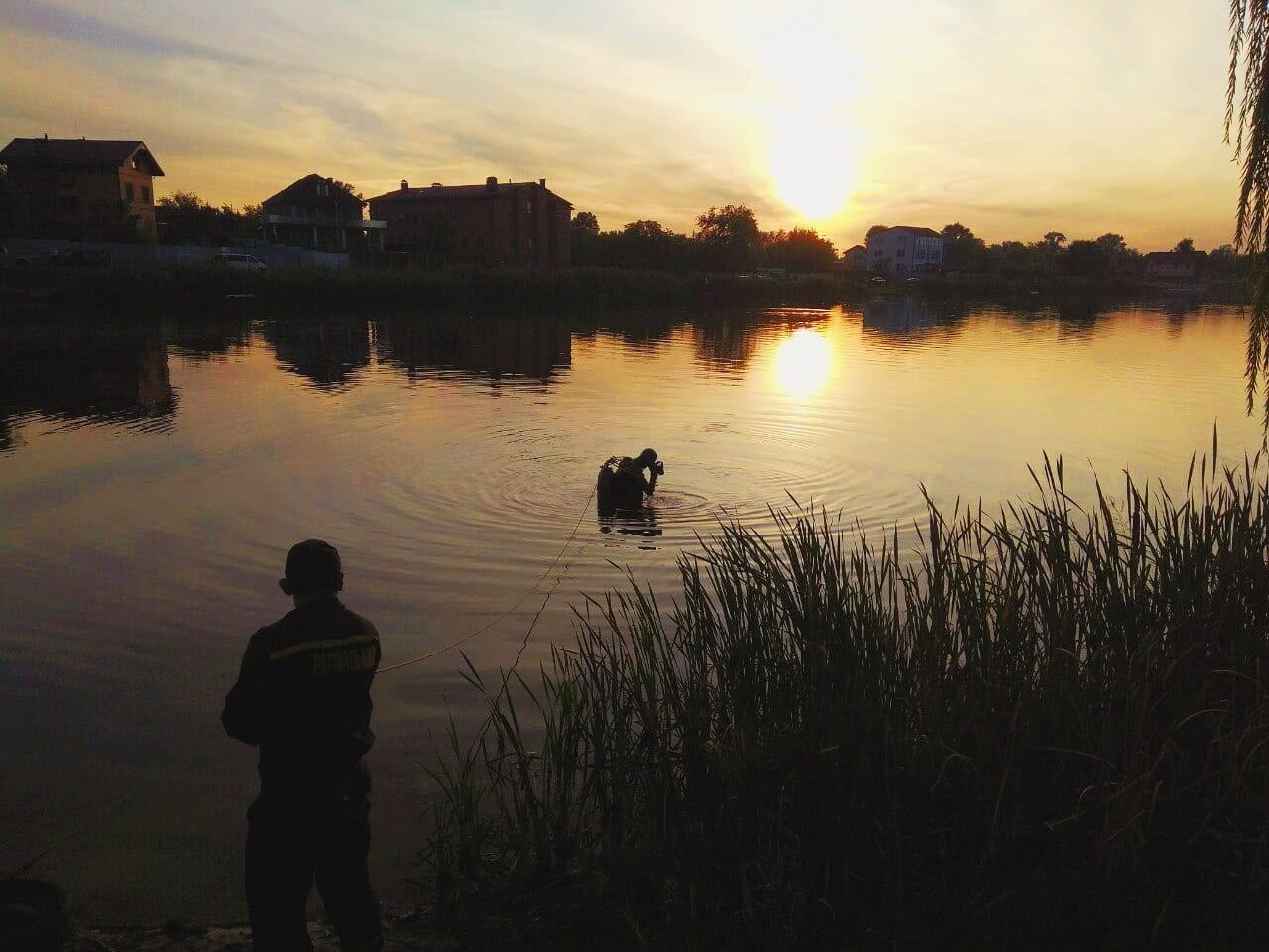 У Києві з озера знову дістали потопельника -  - IMG 20200921 081415 720