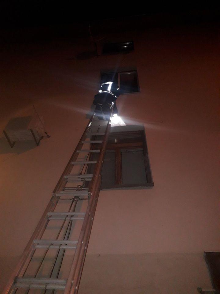 Ірпінські рятувальники визволили з квартирного «полону» жінку - рятувальники, Приірпіння, надзвичайна ситуація, київщина - Irp kv polon