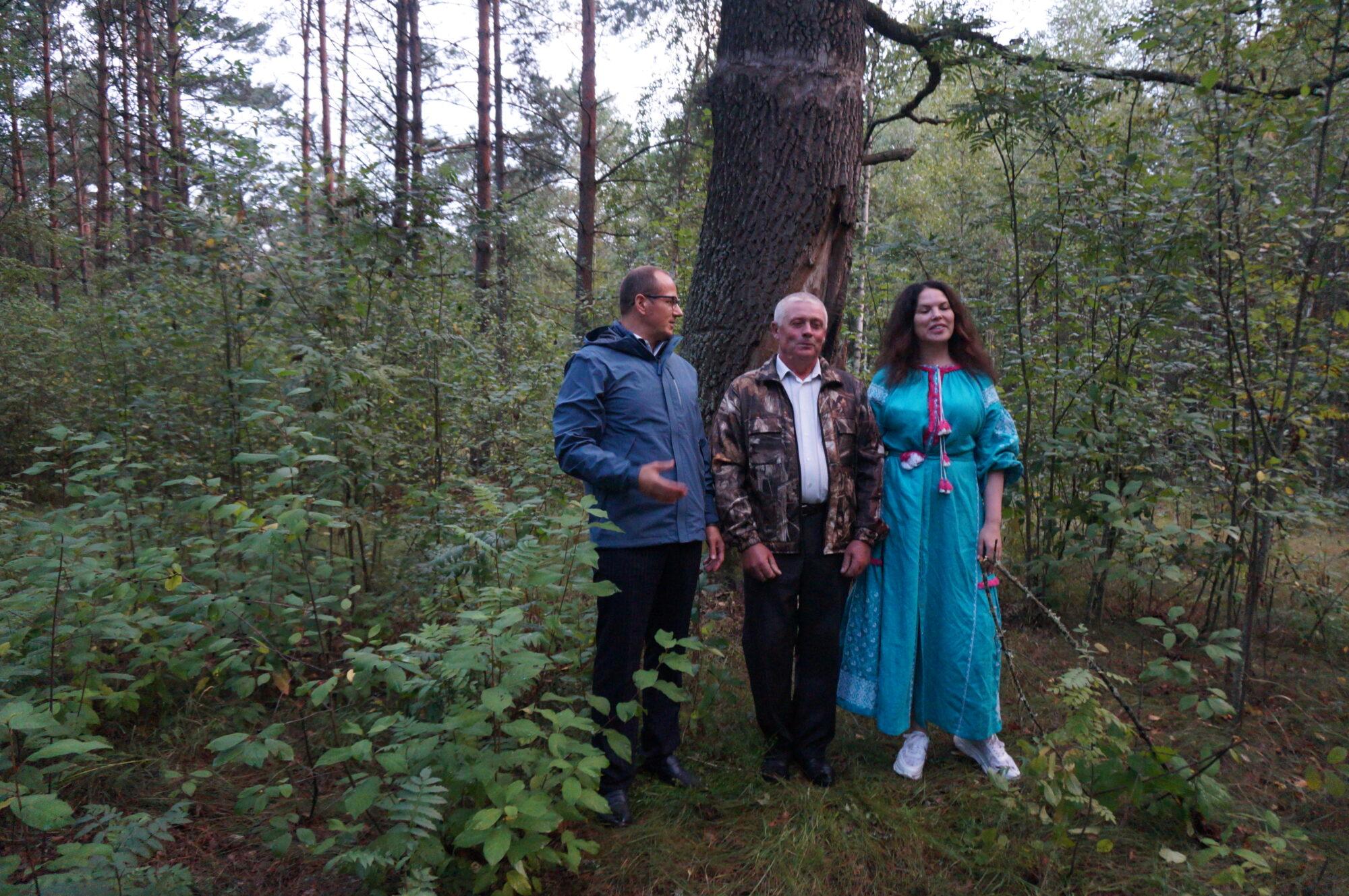 Вишгородські дослідники презентували бортництво на Рівненщині й Житомирщині -  - Proekt skumyn 2000x1329
