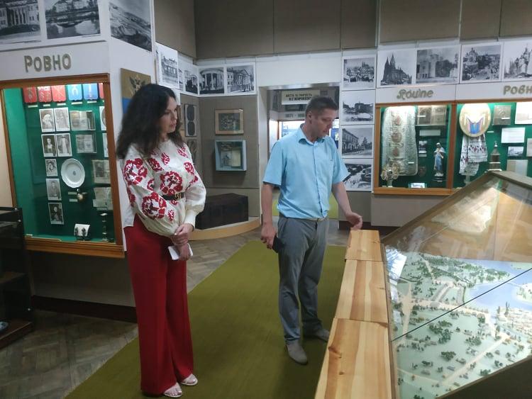Вишгородські дослідники презентували бортництво на Рівненщині й Житомирщині -  - Proekt vlada muzej