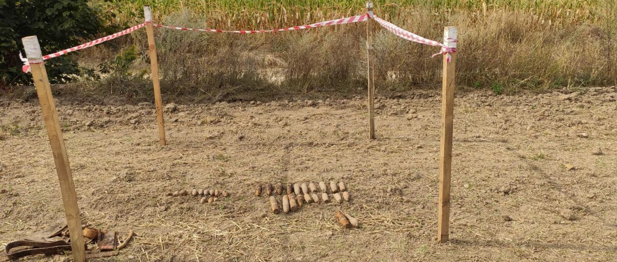 На Київщині виявили та знищили артилерійські снаряди та мінометну міну - Таращанський район, мінометна міна, ДСНС, артилерійські снаряди - Screenshot 27