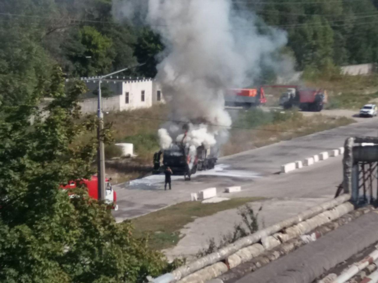 В Обухові згорів КамАЗ - пожежа, вантажівка - photo 2020 09 16 13 15 59