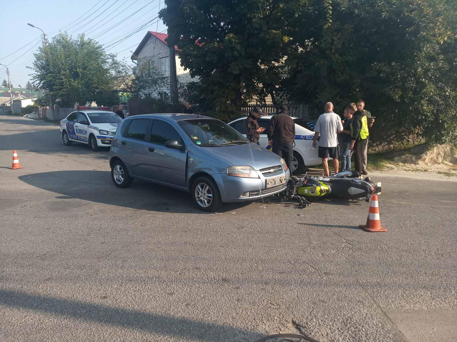 У Броварах сталася мото ДТП з постраждалим - мотоцикл, мотодтп, ДТП з потерпілим - yzobrazhenye viber 2020 09 16 10 19 0411