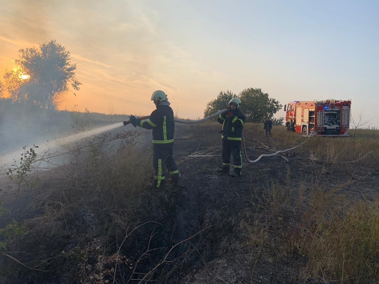 У Києво-Святошинському районі за вихідні було 11 пожеж - ГУ ДСНС у Київськійобласті, вогонь - yzobrazhenye viber 2020 09 28 09 14 15 1