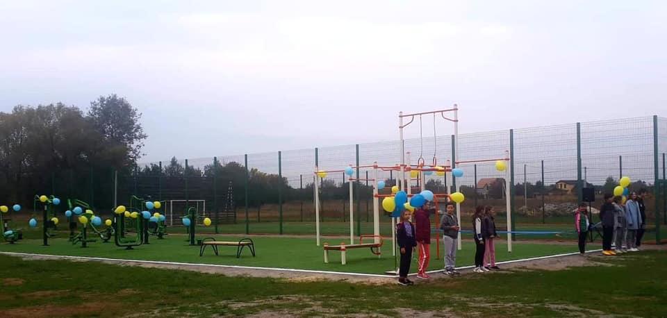 У спорті сила: на Васильківщині відкрили два воркаут-майданчики -  - 122002750 2385090288465772 5874065049728194362 n