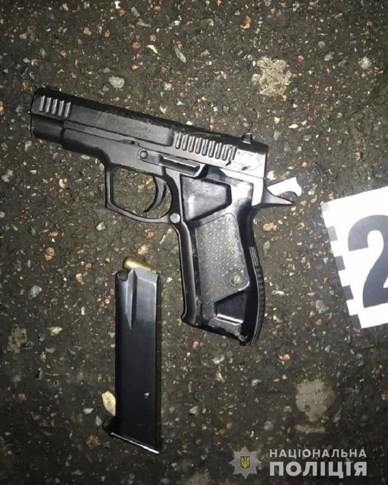 У Києві затримано чоловіка, який  прострелив руку опоненту - стрілянина, пістолет - 122036414 3394131107309303 1036850431268754655 o