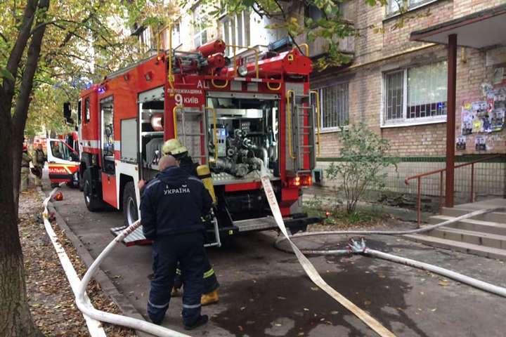 Пожежа на Святошині з трагічним результатом - пожежа будинку, загоряння - 39 main
