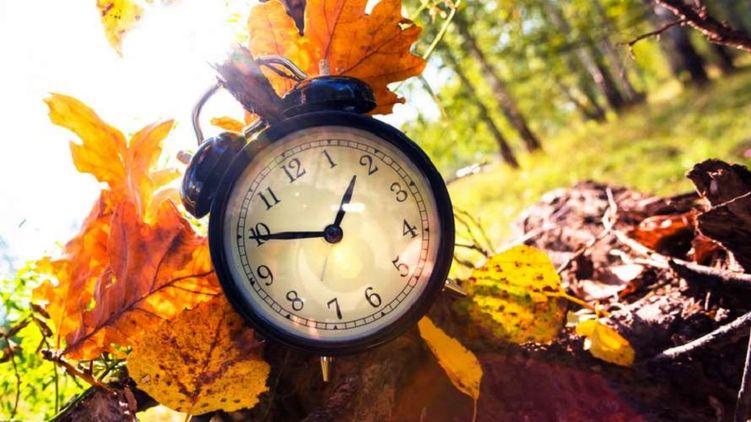 Коли українцям переводити свої годинники на зимовий час 2020 - перехід на літній час, Зима - 5 main