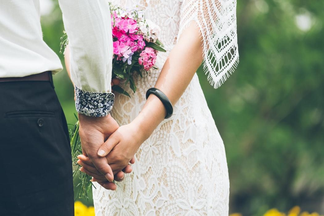 Карантинна Україна: у 6 разів більше одружень, ніж розлучень - весілля - photo 1495609000883 209fc68187ef