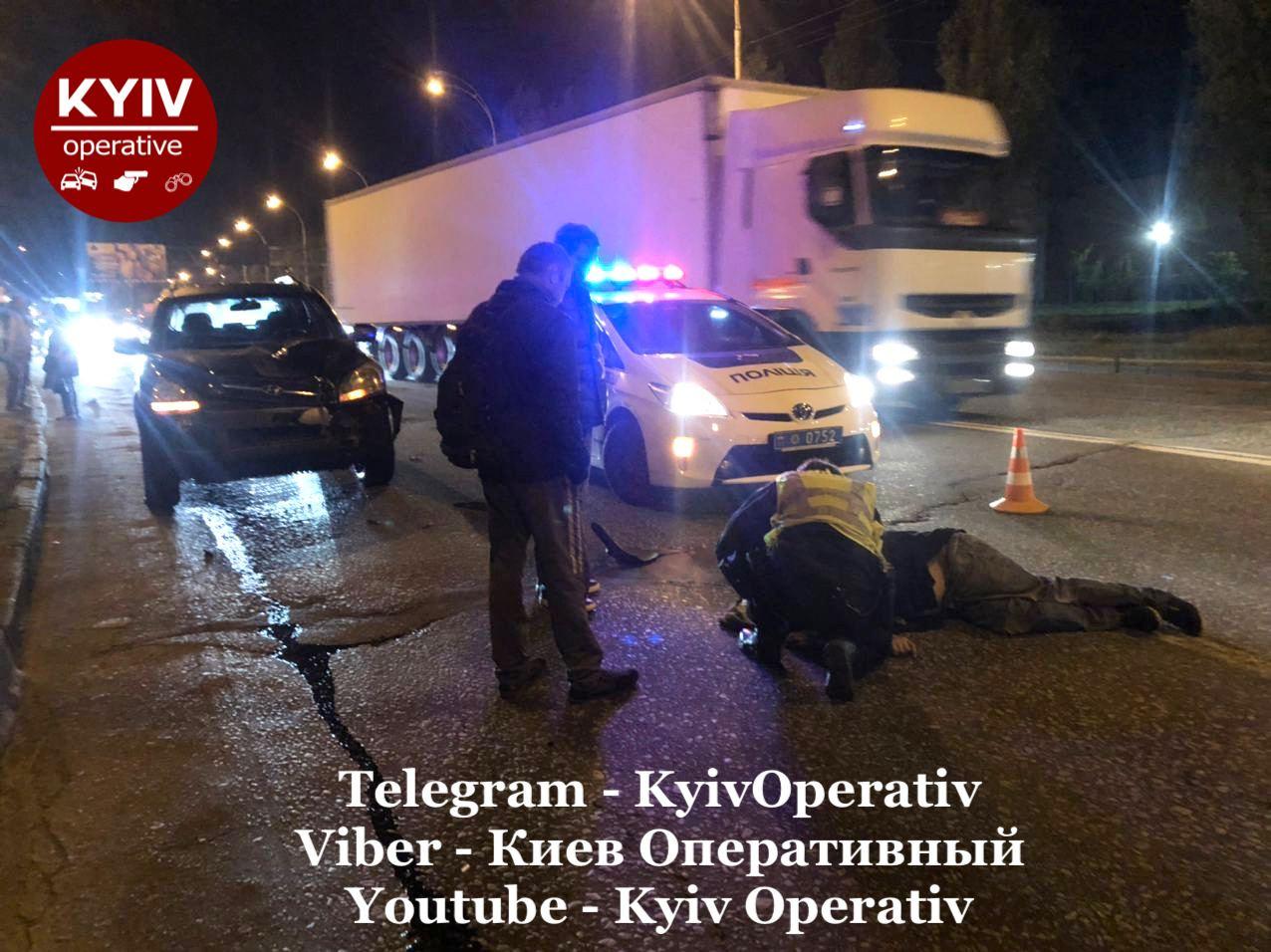 Київ: Hyundai збив пішохода - пішохід, автомобіль, Аварія на дорозі, Аварія - photo5224297875989704418