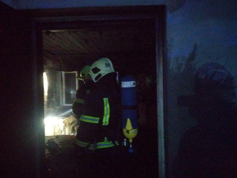 У двоповерховому будинку в Гатному сталася пожежа - Гатне - photo 2020 10 01 15 44 13