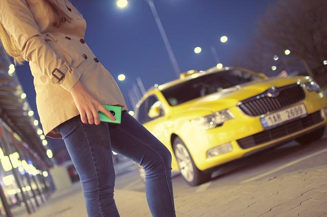 Зґвалтування у таксі: водію загрожує 5 років в'язниці - таксі, кримінал, зґвалтування - waiting 926533 640