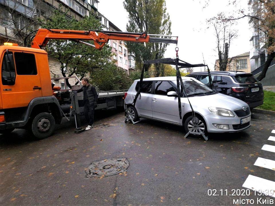 Киян оштрафували на 2 млн грн за паркування - штрафи, порушення - 123651756 3446691732064146 5756386717585398032 o 1