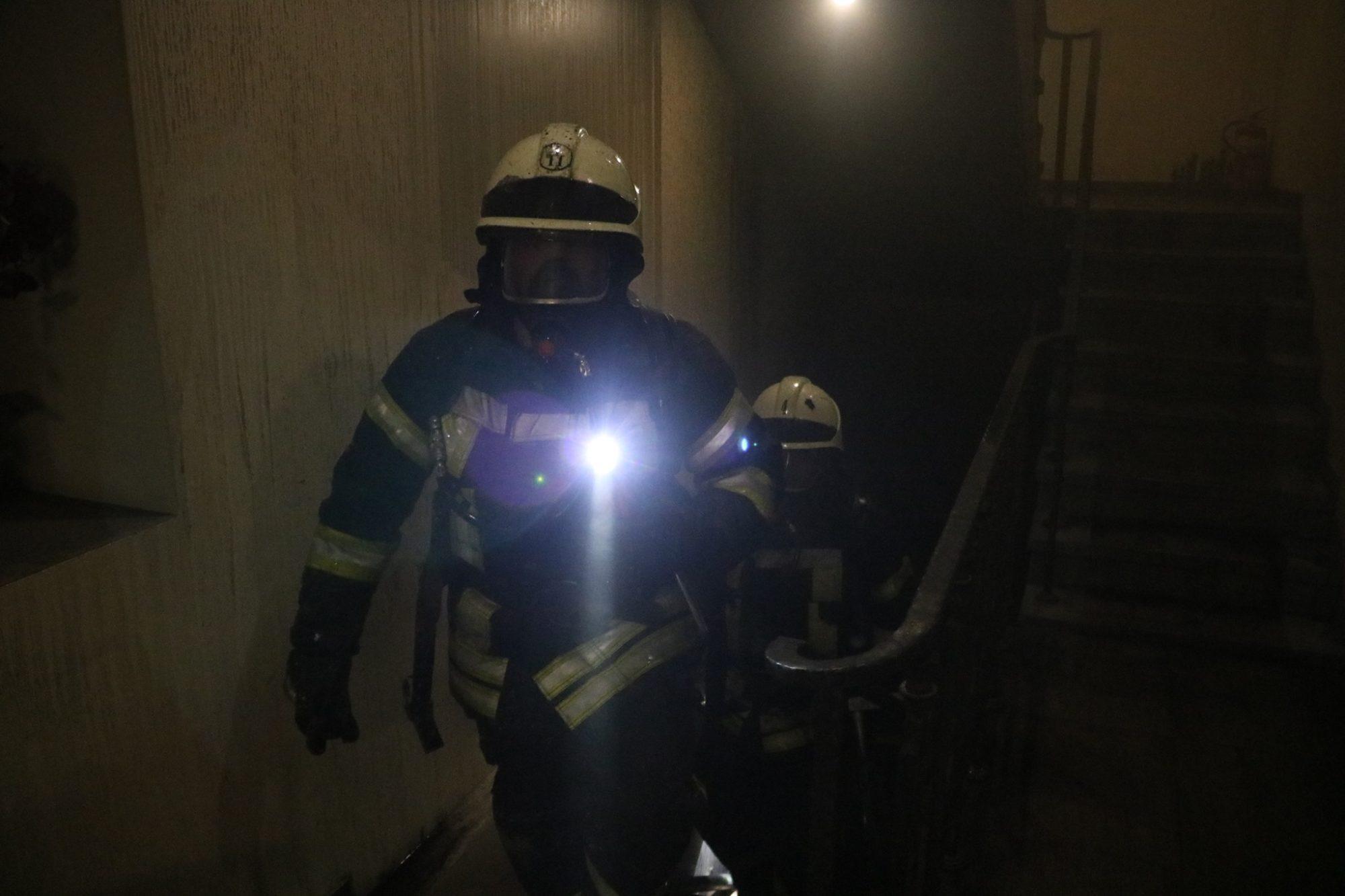 Київ: під час гасіння пожежі в готелі, евакуйовали людей - загоряння, готель - 123717848 3464866860259898 2614640657334025566 o 2000x1333