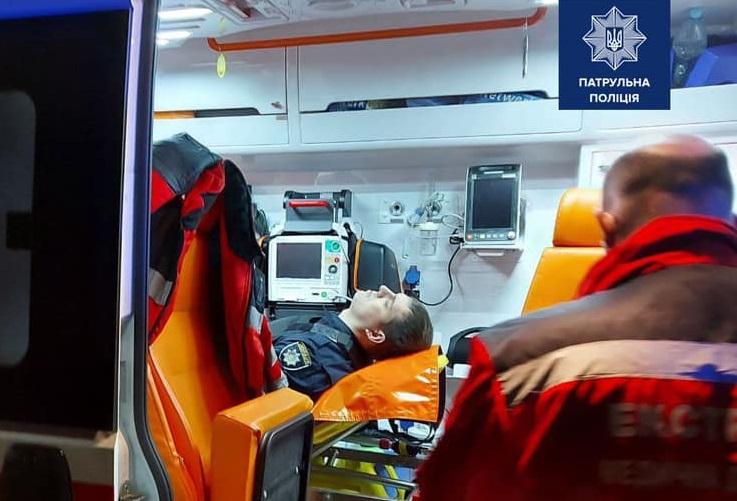 Пораненого у Києві патрульного перевели до реанімації - поранення, Поліція, граната - 125221746 10222026178036063 8826318472444280372 n