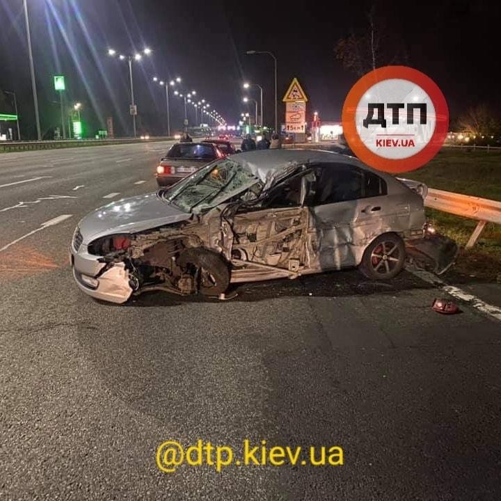 Бориспільське шосе: після зіткнення з фурою постраждав водій легковика - зіткнення, вантажівка - 125776192 1838333999665818 7285416251329844729 n