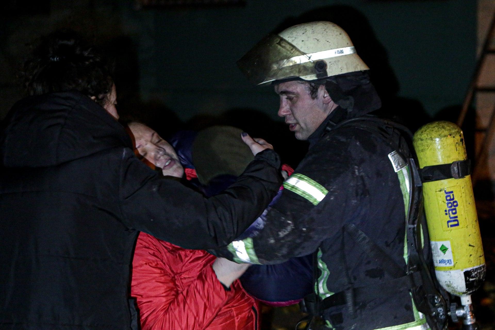 Підпал автошин у багатоповерхівці Києва міг закінчитись трагічно - пожежа - 125936231 3491293910950526 262571549254496822 o