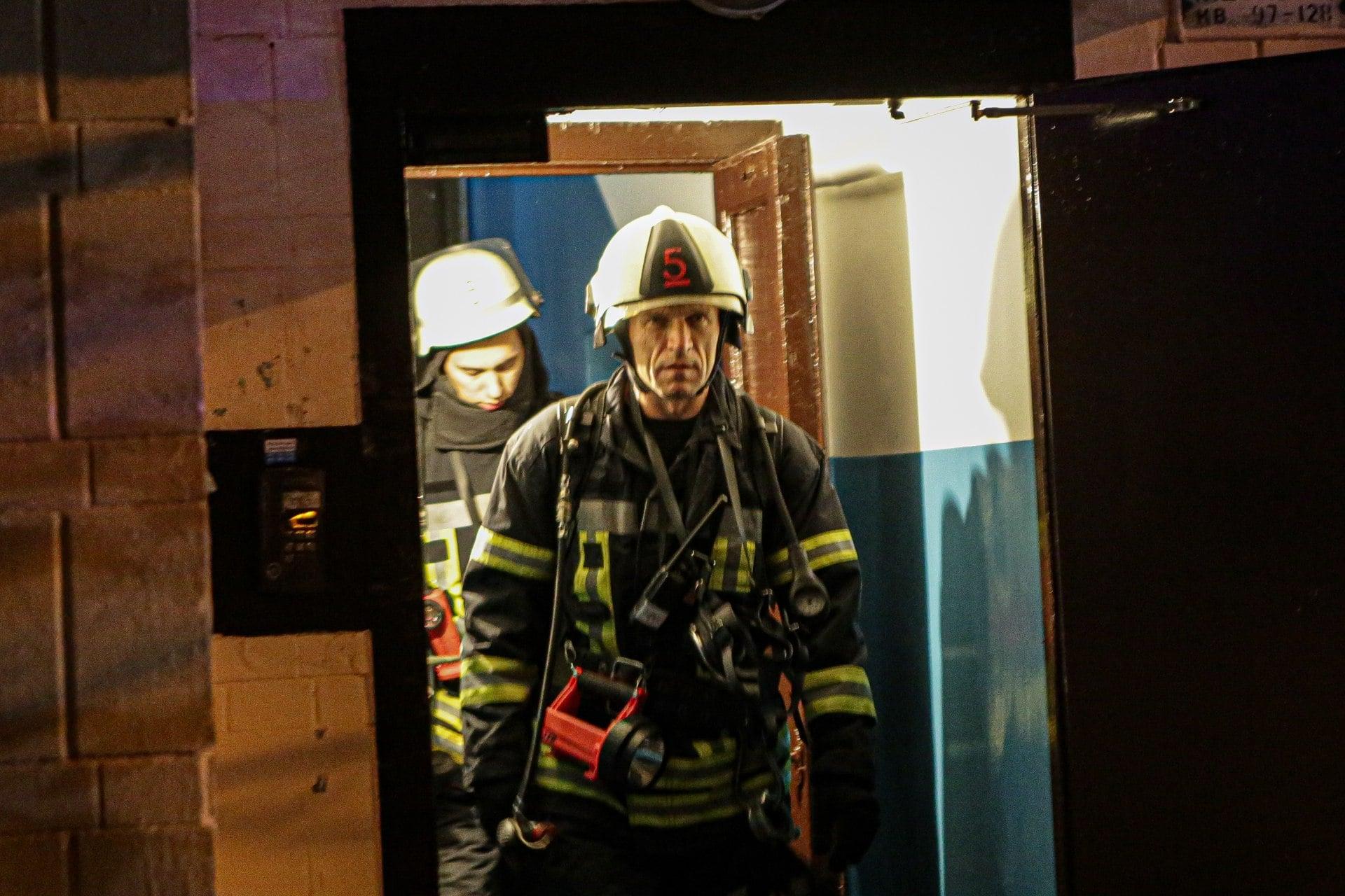 Підпал автошин у багатоповерхівці Києва міг закінчитись трагічно - пожежа - 125939392 3491293927617191 8363781904856989773 o