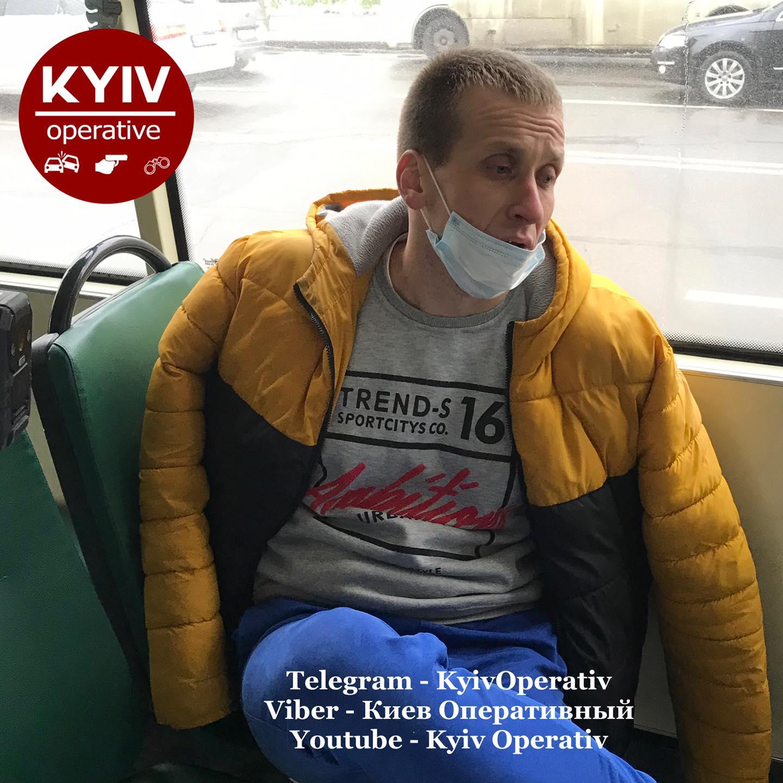 Возив пасажирів під «кайфом»: у Києві затримали водія маршрутки - Наркотичні речовини, водій-порушник - 126018397 1141326709596747 4387874119567437799 o