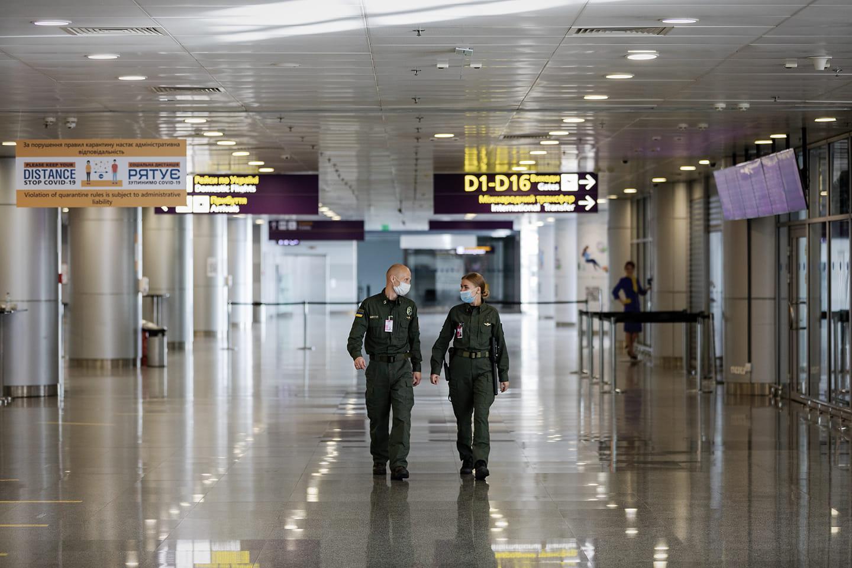 У аеропорту «Бориспіль» викрили несправжнього француза - порушення, іноземець, аеропорт «Бориспіль» - 127048153 974901986329703 5432510981953039745 o