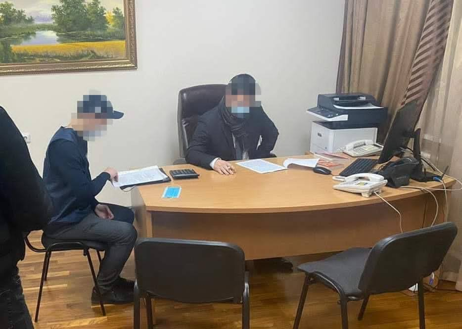 Заступника начальника київської митниці підозрюють у підробці лікарняних - Розтрата коштів, Прокуратура - 127925131 4002567569754575 4437328027752526866 n