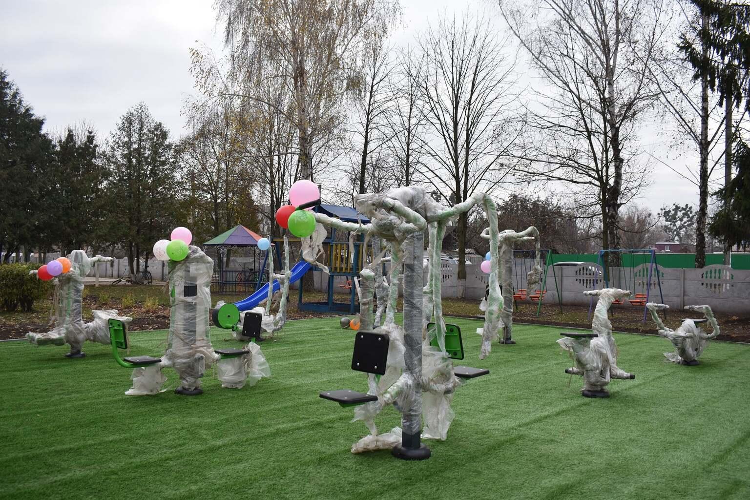 На Згурівщині відкрили workout-майданчик - спортмайданчики, КОДА - 128004248 1709510099205741 5329902333924691608 o