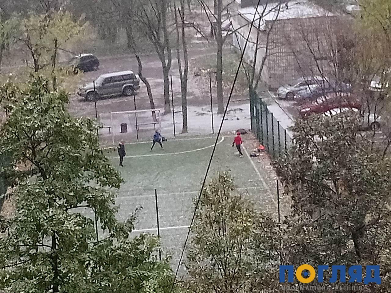 Засніжило: на Київщині випав перший сніг (ФОТО) - сніг, погода, перший сніг - 17 sneg kyev3