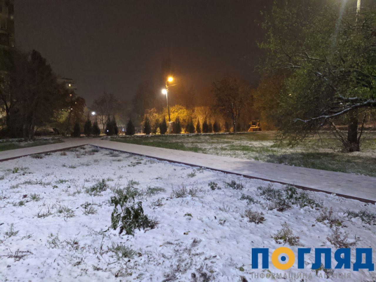 Засніжило: на Київщині випав перший сніг (ФОТО) - сніг, погода, перший сніг - 17 sneg obuhov 1