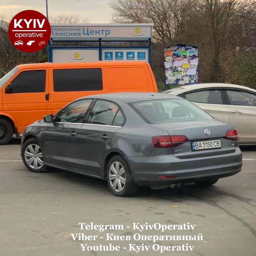 У Святопетрівському авто перекинулося на дах (ФОТО) - Святопетрівське, Дах, авто - 2 3