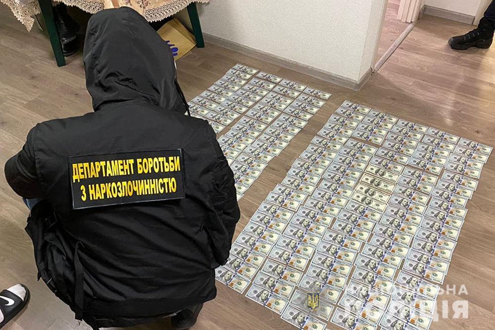 Метадону на 50 мільйонів гривень вилучили у міжнародних наркодилерів на Київщині - Прокуратура, Нацполіція, наркотики, Метадон, кримінал, київщина - DBN grupa metadon 3