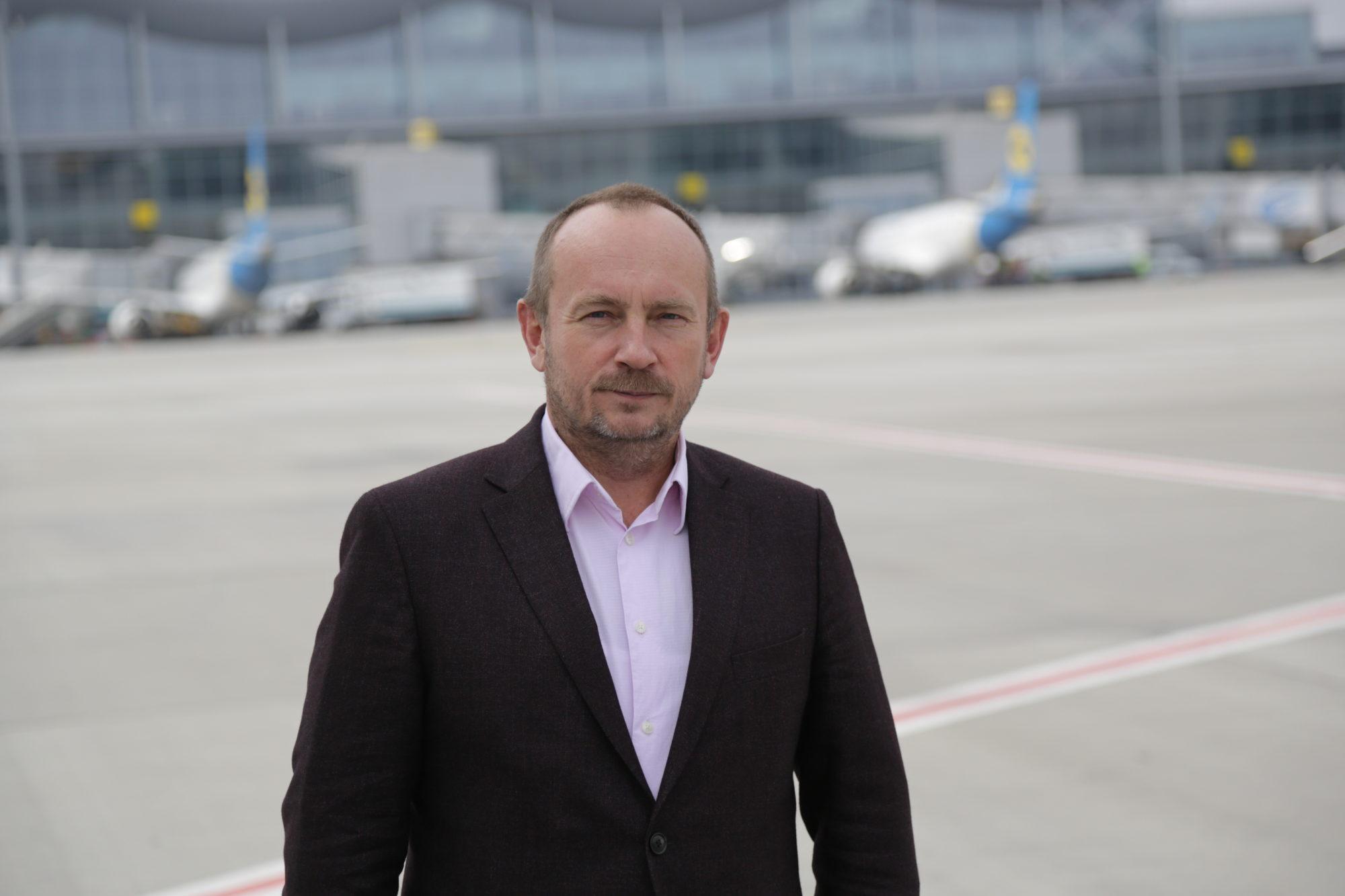Генеральний директор аеропорту «Бориспіль» пішов з посади - керівник, аеропорт «Бориспіль» - GD 2000x1333