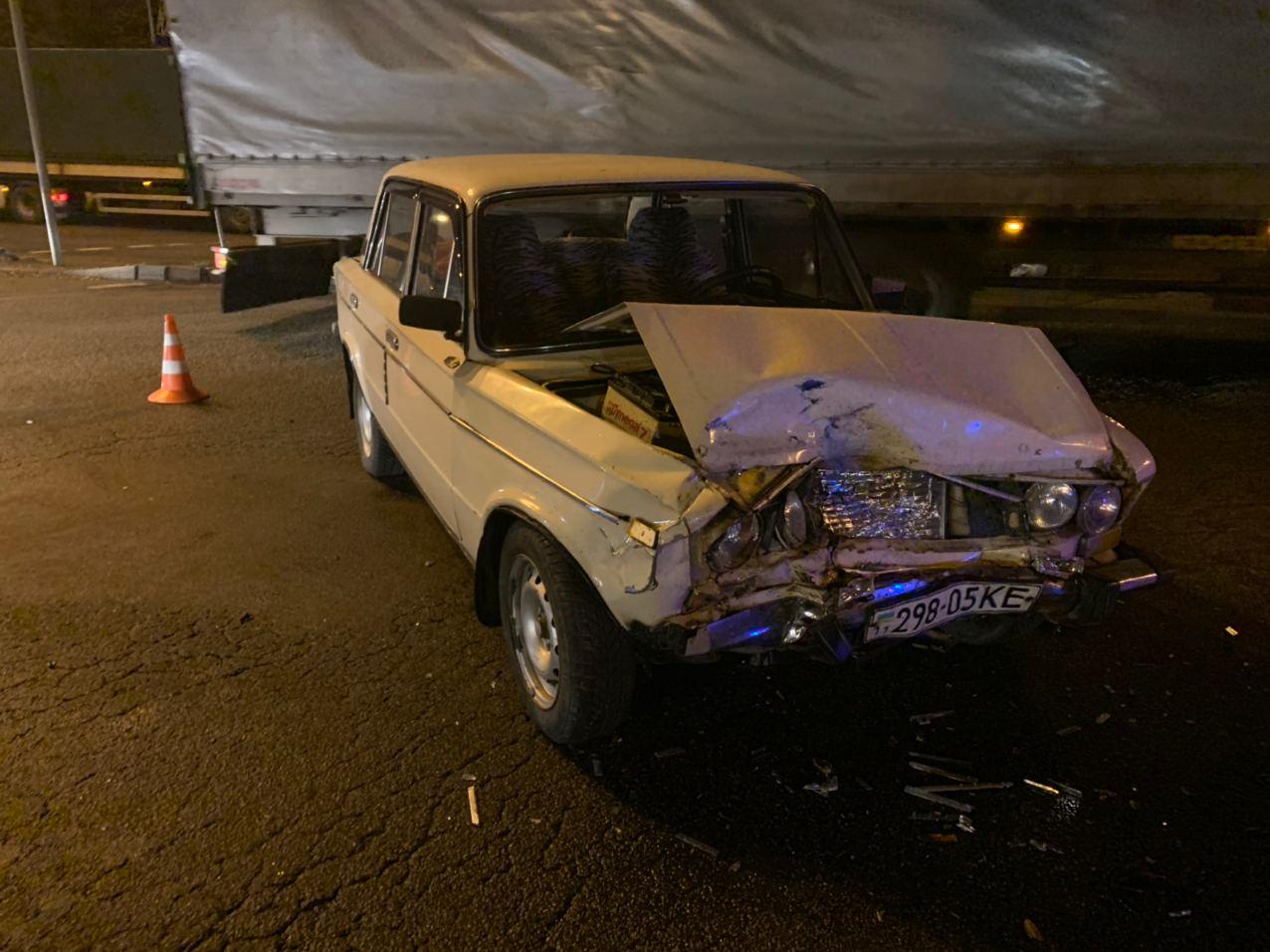 У Києві водій намагався «проскочити», а скоїв ДТП - ДТП, ВАЗ, Аварія на дорозі - IMG 20201116 072900 931