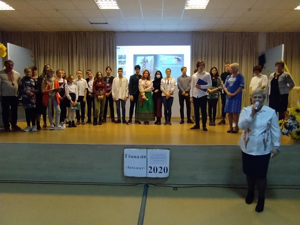 Творчість вишгородських школярів втілилась у книзі - школярі, Книга, вчителі - SHubko1