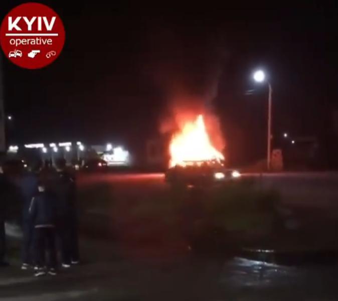 Пропускав собаку: у Калинівці на Броварщині ДТП переросло в пожежу -  - Snymok ekrana 658