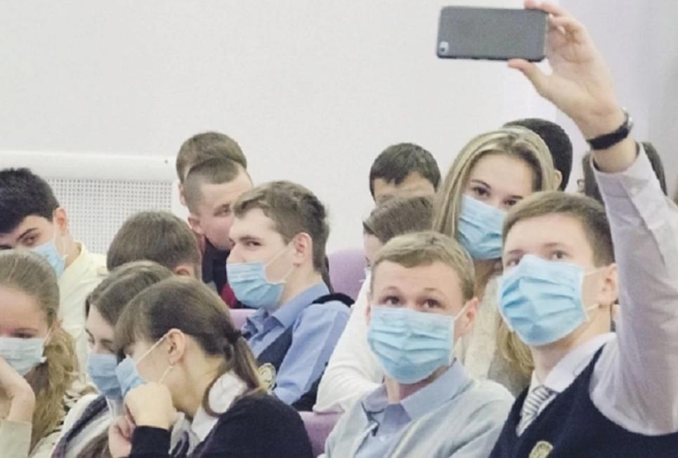 З 16 листопада рекомендовано навчання у вишах за змішаною формою - студенти, коронавірус, здоров'я - Studenty