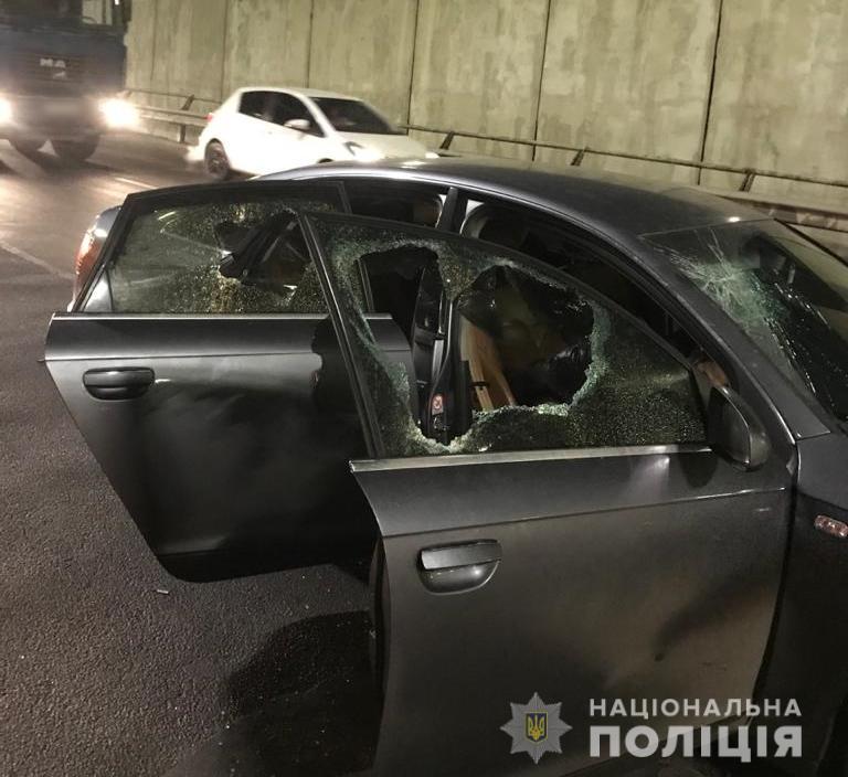 За «гарячими слідами» затримали іноземців, що обікрали автівки на Київщині - крадій, автомобіль - UKRbarsetky3