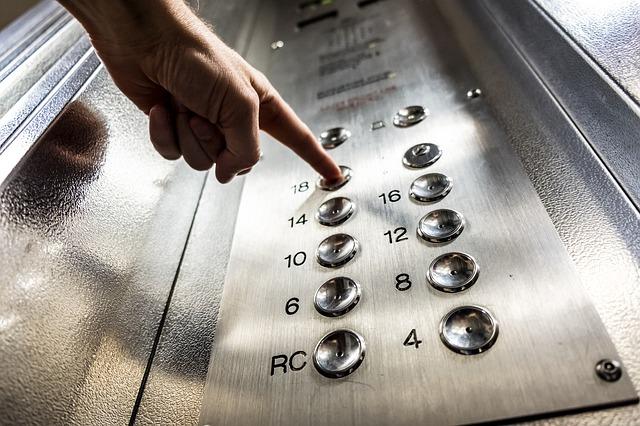У Києві обірвався ліфт: пасажир загинув - смерть, Святошинський район, ліфти, Аварія - elevator 3479633 640