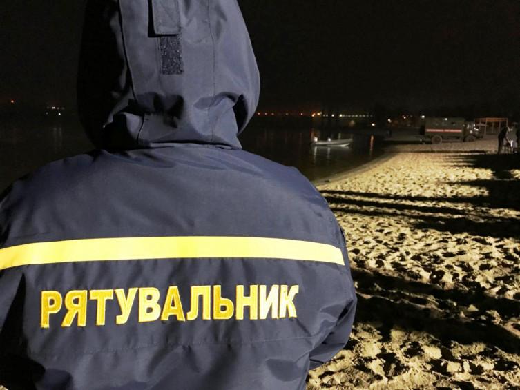 Спроба суїциду: на водоймі у Борисполі чоловік ледь не вкоротив собі віку - озеро, врятувати життя - f5bxfTxeFHY2lJpYO9XyotGlCcGVIxbxJyXFm3YG